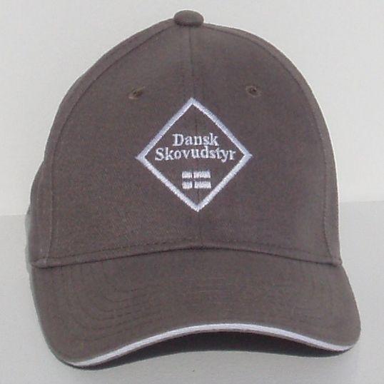 Cap mit dem dänischen Forstausrüstung Logo